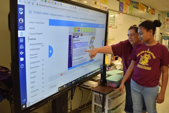 A student using a Recordex Interactive System.