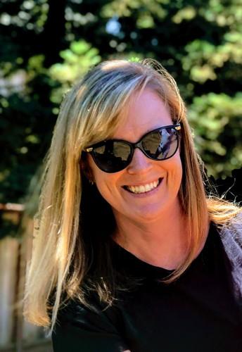 Mrs. Amanda Holt