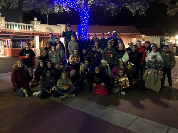Group Pic of Tison Band @ Six Flags