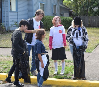 A3 students, staff clean up downtown Springfield