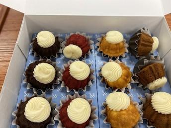 Mini Bundt Cakes!