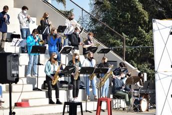 North Jazz Band Performs at StartupBREW