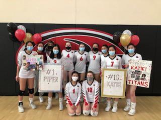 Gunn Volleyball Team Celebrates!