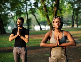 Días en calma - Yoga para padres/cuidadores