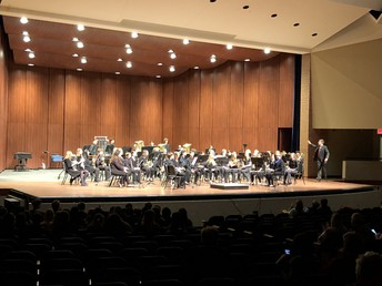 Symphonic Band, directed by Mr. DuPuis, kick off the concert!