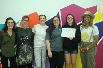 Art Student Wins City Mural Contest