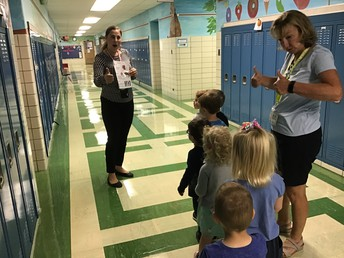 Students Learn Hallway Rules!