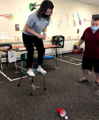 """""""Minute to Win It"""" with Mrs. Jones' Class"""