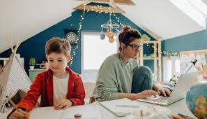 Tips on Balancing Virtual Learning and Work for Parents