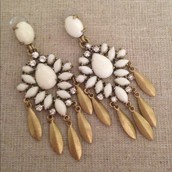 Mallorca Earrings $20