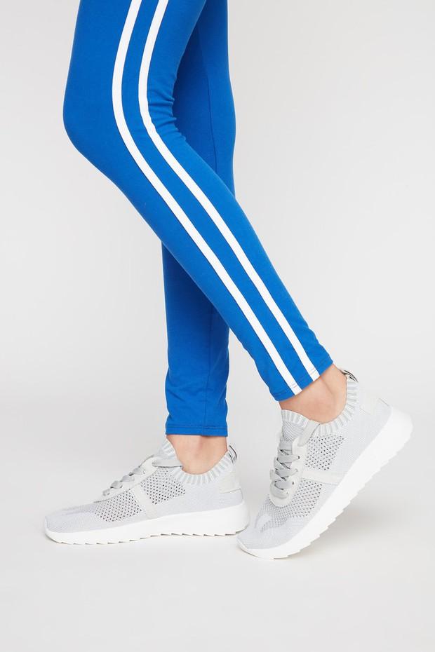 womens-activewear-sneakers
