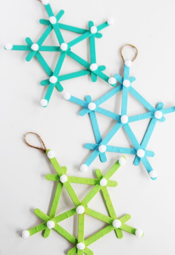 """""""Take and Make"""" snowflake craft kit"""