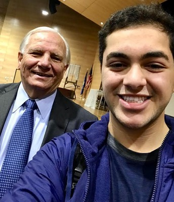Mensch meets with QCHS 'leaders of tomorrow'