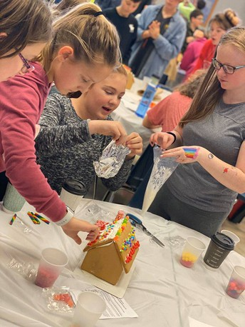 CMS Students Participate in Bright Futures Sponsored Event