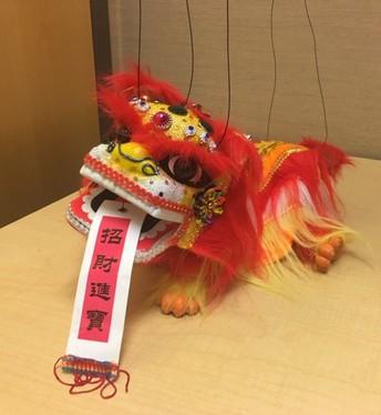 Shizi will introduce Chinese New Year.