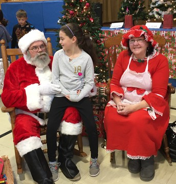 Booth Free School's Annual Santa's Breakfast and Holly Jolly Boutique Shopping!