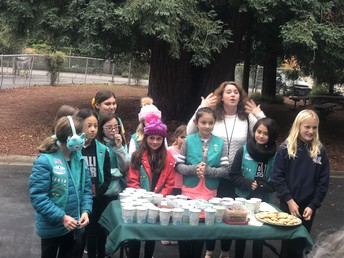 Adelante-Selby Girl Scouts Hot Chocolate and Holiday Cookies!