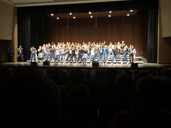 Concert Choir kicks things off!