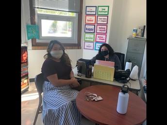 Mrs. Banh and Ms. Hernandez collaborating