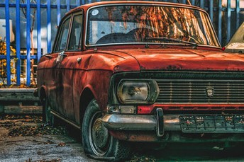 Learn 3 Benefits Of Junk Car Buyer Service
