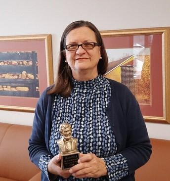 Ms. Joan Dale: Teacher at Schlarman Academy
