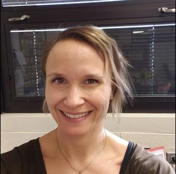 Mrs. Fulton - EL Support Teacher / Sra. Fulton - Muestra de apoyo EL