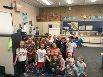 Ms. O'Kelley and her 2nd graders!