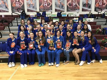 Sweethearts Dominate at Showtime International Contest
