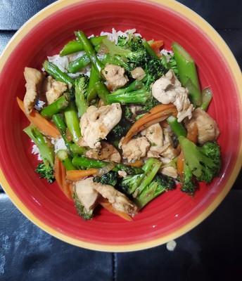 Chicken Stir Fry (recipe by Nick Nadeau)