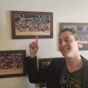 Mr. Gallicano finding himself of the historical wall - Class of 1988