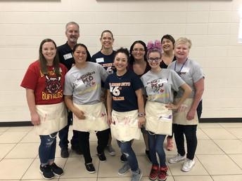 Fantastic Kindergarten lunch volunteers - THANK YOU!