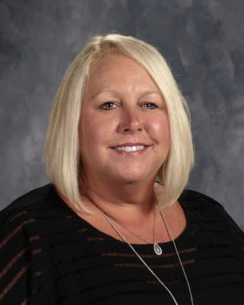 Dr. Krisandra Worley, Principal at Saeger MS in the Francis Howell School District is the 2019 Jim L. King Missouri Middle School Principal of the Year