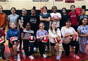 Middle School Volleyball Debuts at WHS!