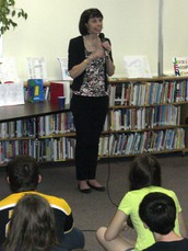 Author Visit: Getting books autographed & the schedule