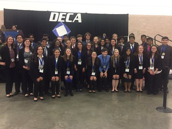 33 Going to State in DECA