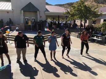 Dancing Caballo Dorado
