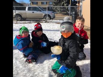Outdoor fun in Kindergarten