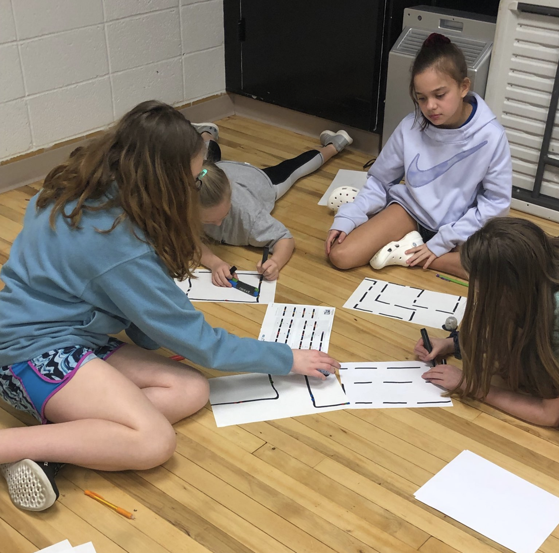 Students plan and design their Ozobot course