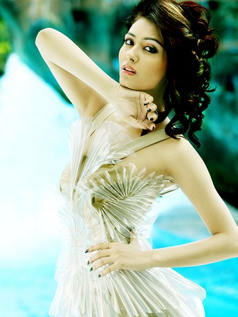 A.Rrajani Fashion & Advertising Photographer