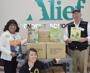 Alief ISD students receive books donated by Caring Friends Inc.