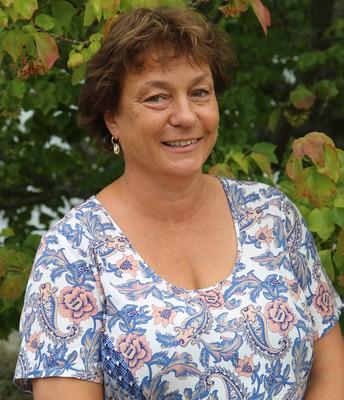 Ms Ginny Bellamy