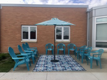 Ms. Curry's outdoor classroom