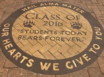 DHS Alumni Walk