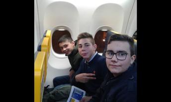 Dentro do avião.