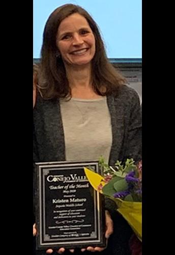 Felicidades Kristen Maturo - Maestro del mes de mayo de CVUSD!