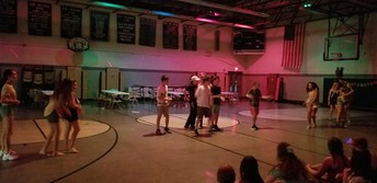 The Move Up Dance turned dance battle...