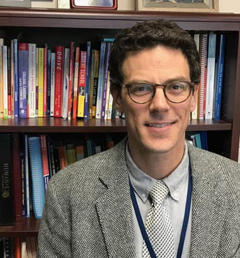 Commitment and dedication of Trumbauersville principal draws notice