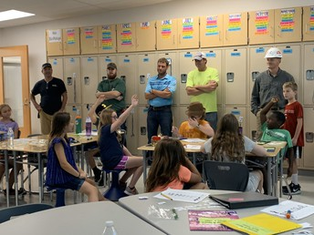 Students Thank Construction Crew