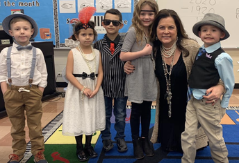 Dressing Up For Roaring '20's Day!