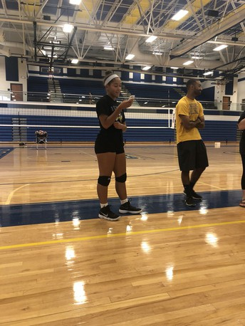 Girls Volleyball Puts Strong Emphasis On Teamwork & Leadership